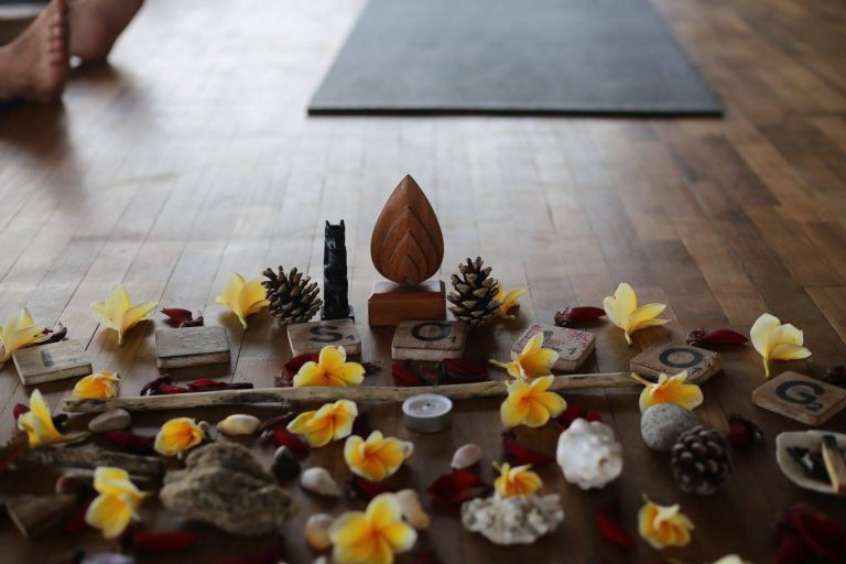 """""""Spirit vs Matter from a Yoga Sutras Perspective"""" with Eoin Finn"""